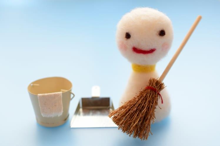 部屋を綺麗にしたいけど、毎日しっかり掃除するのはちょっと嫌