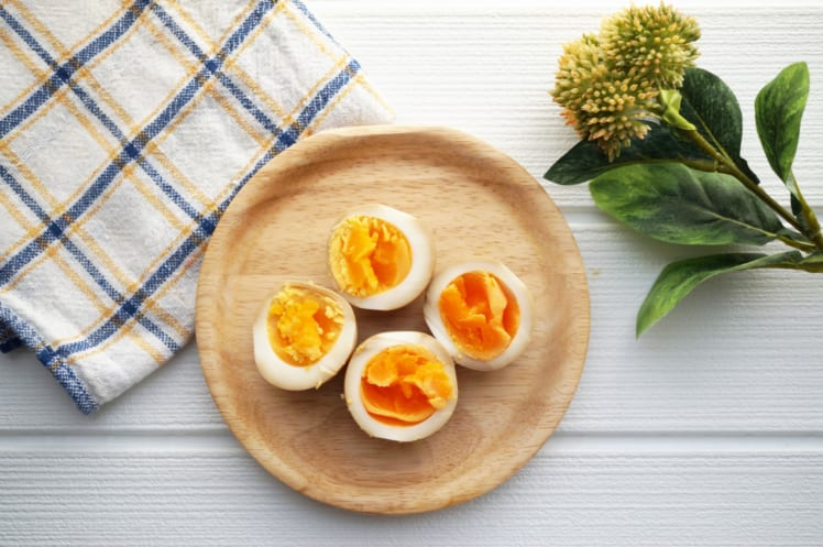 完全栄養食品である卵を摂取すると良い。