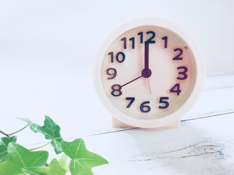 お昼の時間を表す時計。自分の好きなものかつ身体に良いものが一番良い。